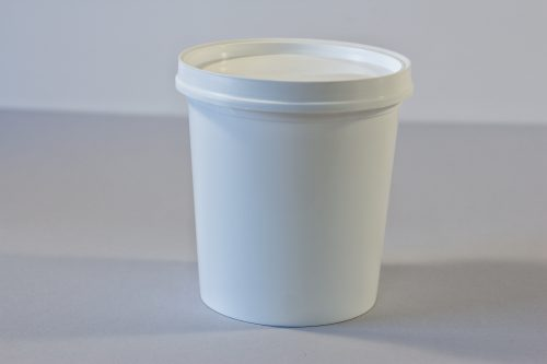 1 litre Round plastic bucket/pail/tub with lid. Food grade packaging perfect for honey, jams, chutneys., sauces and industrial use. From our Plastic Packaging range.