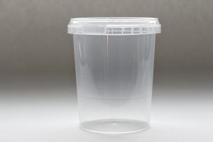 520ml round plastic tub with tamper evident lid. Food packaging great for confectionarys, cheese, soup, spices and sauces.