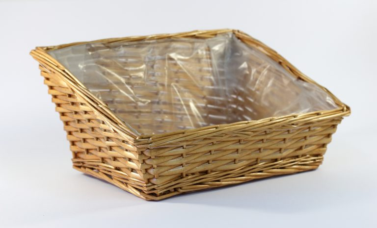 Gift-Packaging-Wicker-Basket-Lined-4A462LT_